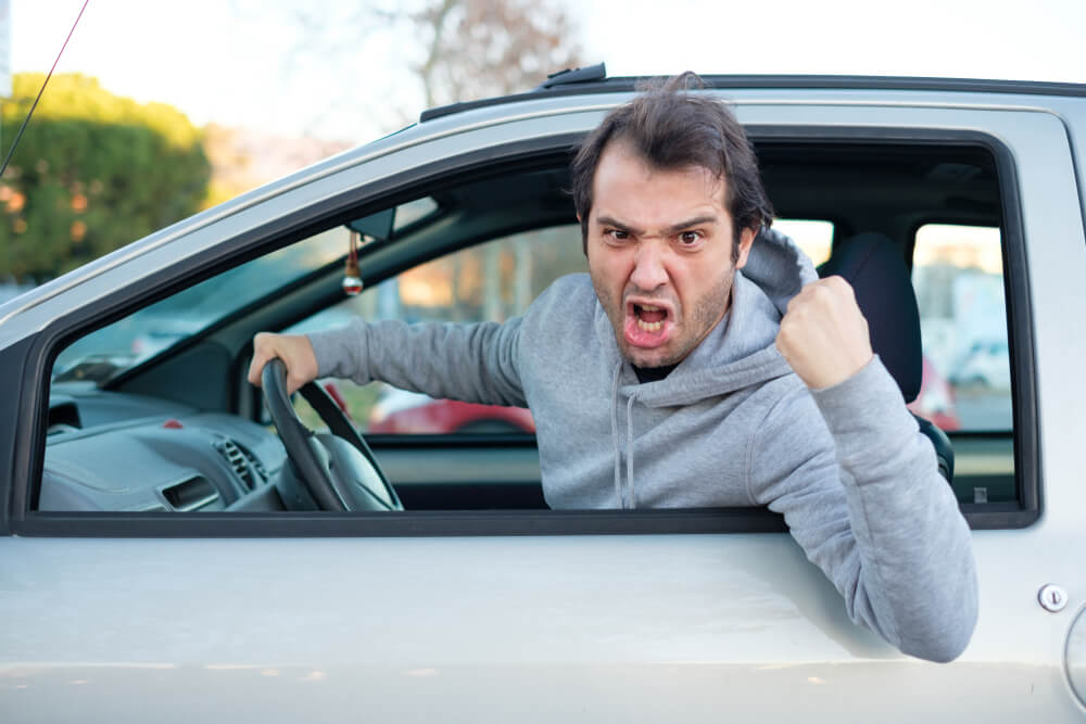 Signs of Aggressive Drivers